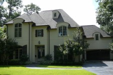 Custom built homes by award-winning Watermark Builders serving River Oaks Texas