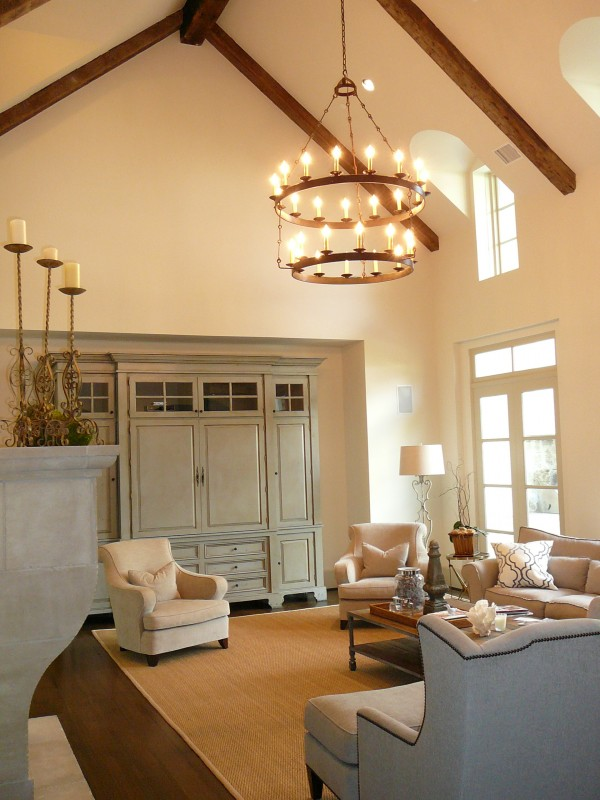 Custom built luxury home by award-winning Watermark Builders founded by Gary Lee in Houston Texas